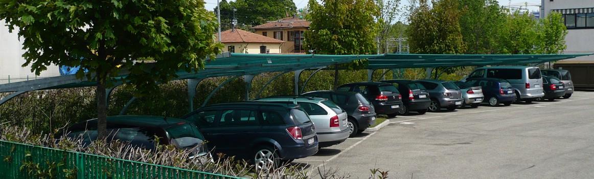 Modello Square con Vista di  coperture in telo Ombreggiante area aziendale. Rif. Bologna